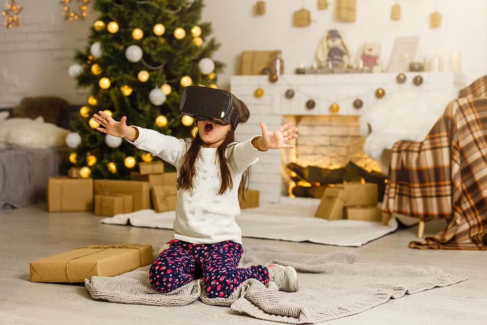 4 New Family Traditions You Can Use This Christmas with Technology